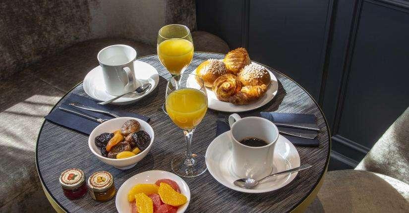 Lenox Montparnasse - café da manhã